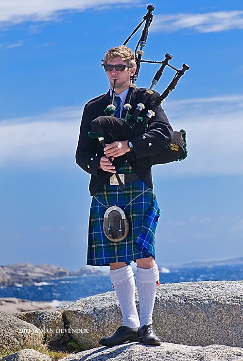 Piper_signed_P9105407